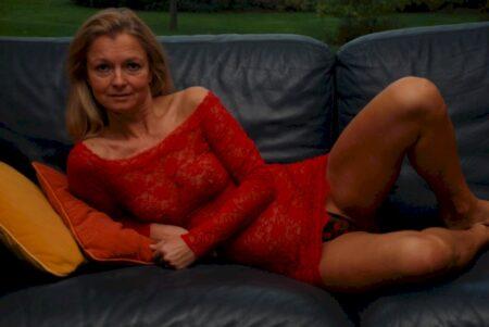 Femme infidèle réellement sexy cherche un homme réel
