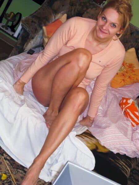 Femme infidèle très romantique recherche un homme pudique